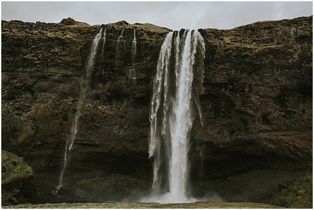 Hvalfjarðarlaug SKogafoss Iceland WEdding
