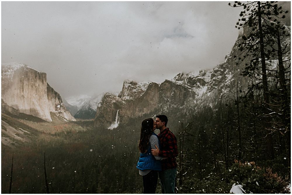 Yosemite Elopement Winter