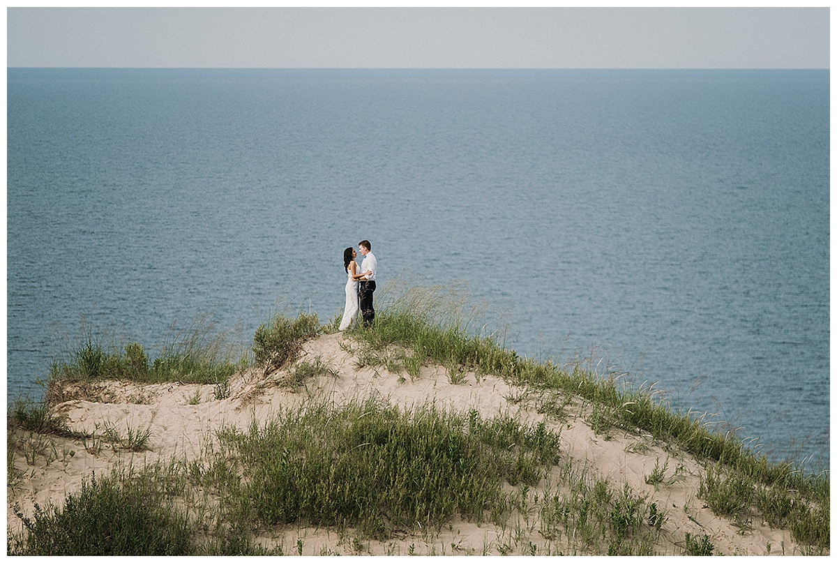 Elopement on top of the Dunes