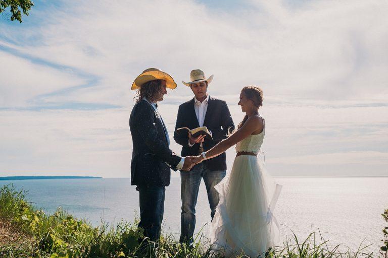 Bride and Groom Elope Lake Michigan
